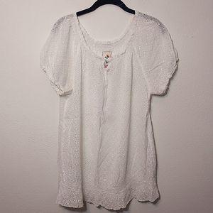 Johnny Was White Eyelet Short Sleeve Shirt - M